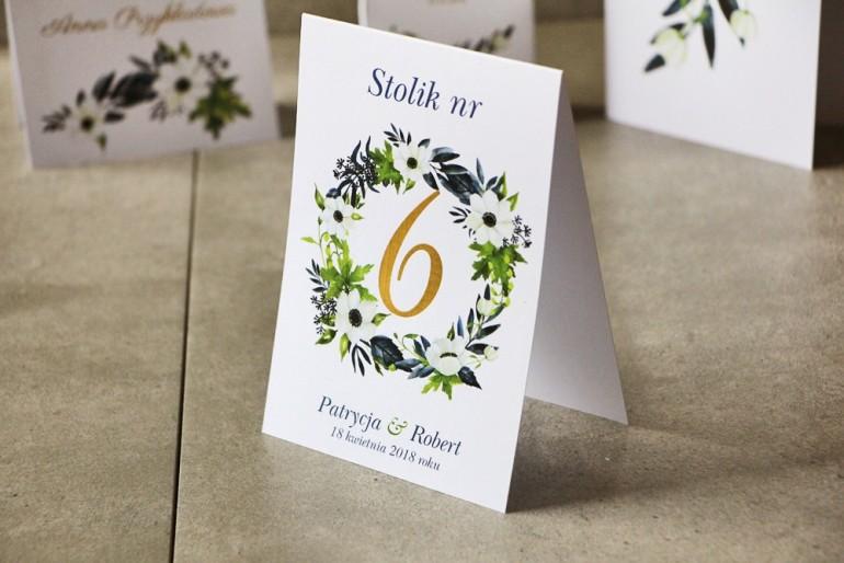 Numery stolików, stół weselny, Ślub - Cykade nr 3 ze złoceniem - Białe Anemony z granatem i zielenią