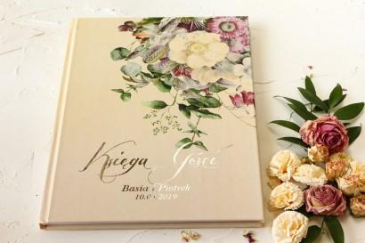 Kremowa Weselna Księga Gości w stylu glamour z delikatnym bukietem w stylu vintage