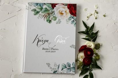 Weselna Księga Gości z burgundowymi i różowymi piwoniami w stylu glamour ze srebrnym tekstem