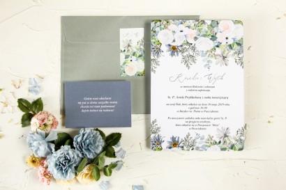 Zimowe zaproszenia ślubne z delikatnym, pastelowym motywem białych róż, cedru i liści eukaliptusa