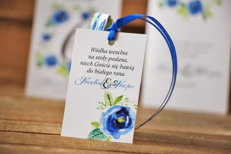 Zawieszka na butelkę, wódka weselna, ślub - Akwarele nr 10 - Chabrowe kwiaty