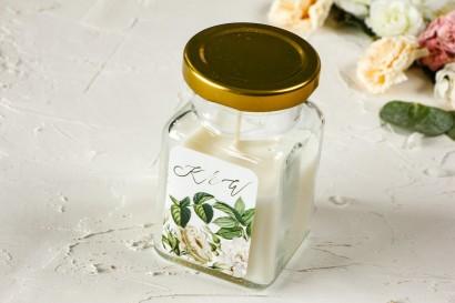 Świeczki - Podziękowania dla gości weselnych, etykieta z białymi różami i delikatnymi zielonymi gałązkami