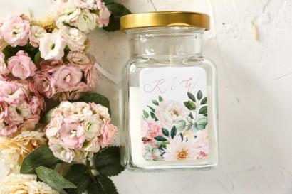 Świeczki - Podziękowania dla gości weselnych, etykieta z różowymi piwoniami i daliami