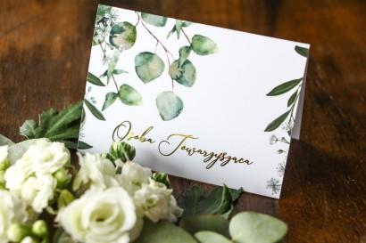 Winietki ślubne z eukaliptusem i gipsówką. Winietki nawiązują do motywu greenery oraz glamour