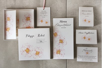 Ślubne zaproszenia próbne, kwiatowe, z grafiką jasnoróżowej peroni