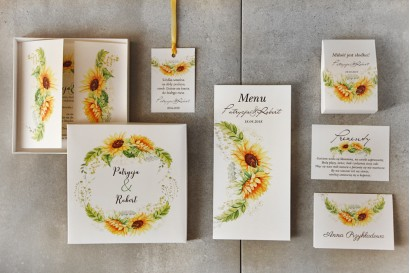 Zestaw próbny zaproszeń ślubnych z letnimi słonecznikami
