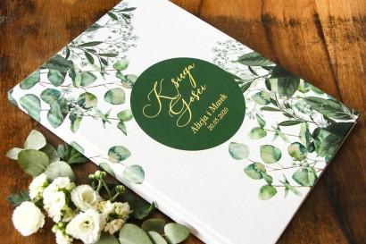 Weselna, ślubna Księga Gości ze złotymi napisami. Grafika z eukaliptusem i gipsówką