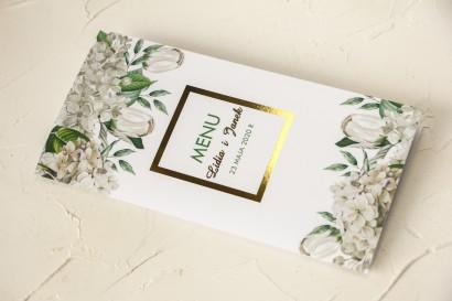 Menu ślubne ze złoceniem oraz z białą hortensją i tulipanami w otoczeniu zieleni