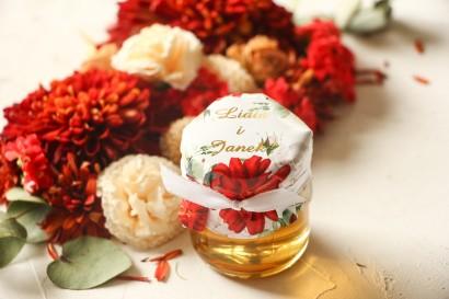 Miody Ślubne - słodkie podziękowanie dla gości weselnych. Kapturek z bordowymi i białymi różami