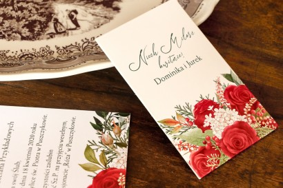 Nasiona Ślubne - Podziękowania dla Gości. Opakowanie z czerwoną różą i zielonymi gałązkami