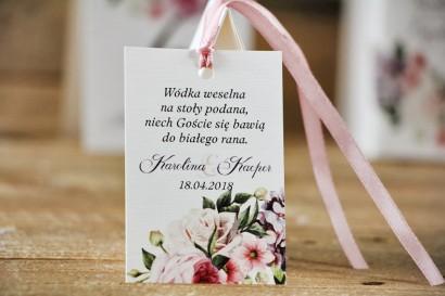 Zawieszka na butelkę, wódka weselna, ślub - Akwarele nr 17 - Pastelowe kwiaty róży i bzu