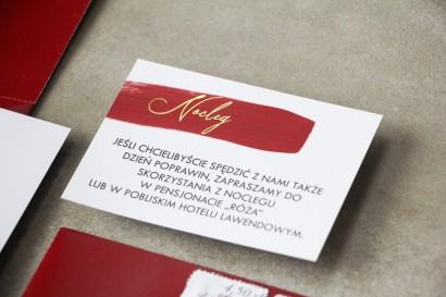 Bilecik do zaproszeń ślubnych z bordową akwarelową grafiką i złoconym napisem