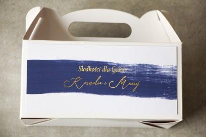 Ślubne Pudełko na Ciasto weselne (prostokątne) z granatową akwarelową grafiką ze złotym napisem