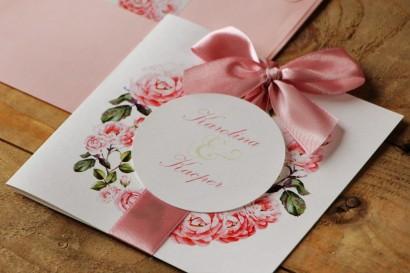 Zaproszenie ślubne z kokardą i kolorową kopertą - Akwarele nr 19 - Delikatne pudrowe róże