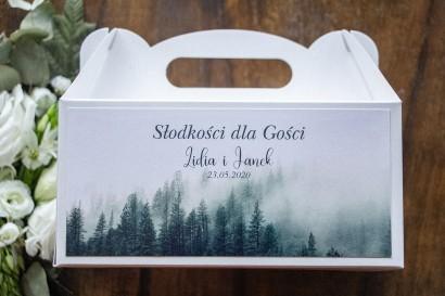 Prostokątne Pudełko na Ciasto weselne z leśnym krajobrazem w odcieniu chłodnej zieleni