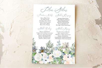 Ślubny Plan stołów z delikatnym, pastelowym motywem białych róż, cedru i liści eukaliptusa