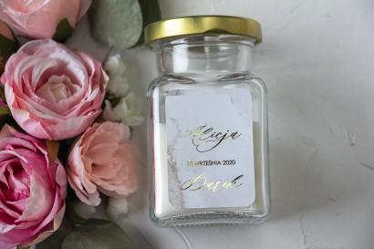 Świeczki - podziękowania dla gości weselnych. Złocona etykieta w szampańskim kolorze