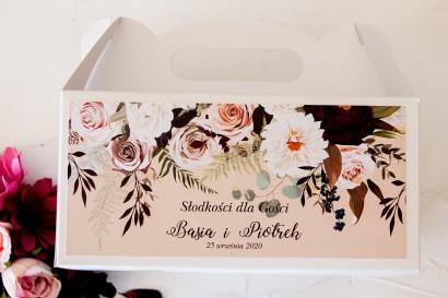 Prostokątne Pudełko na Ciasto weselne z nadrukiem dalii i różowych, pastelowych róż