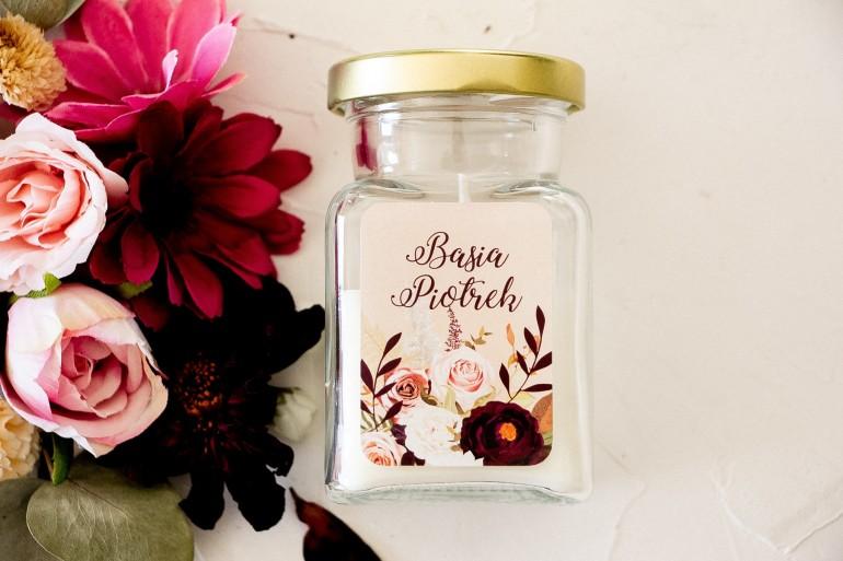 Świeczki - Podziękowania dla gości. Etykieta z nadrukiem dalii i różowych, pastelowych róż