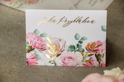 Pastelowe Winietki ślubne w stylu glamour w delikatnych kolorach różu i bieli