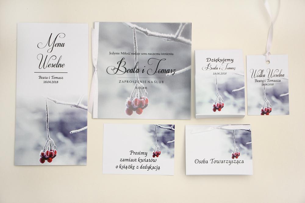 Zaproszenia ślubne z kalką wraz z podziękowaniami oraz dodatkami: winietki, zawieszki, bilecik, menu weselne