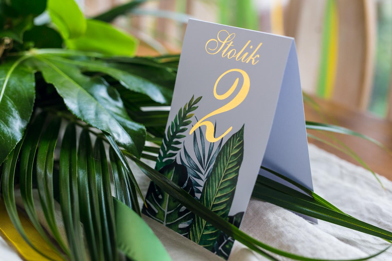 Numer stolika weselnego ze złoceniem w stylu greenery - Sorento nr 12